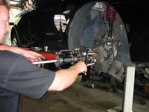 Vejstrup Auto skift af hjulleje på Alfa Romeo 156